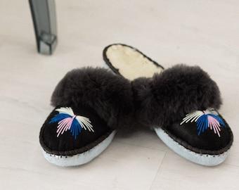 18b758e929c The Dark Grey Sheepers mule slippers