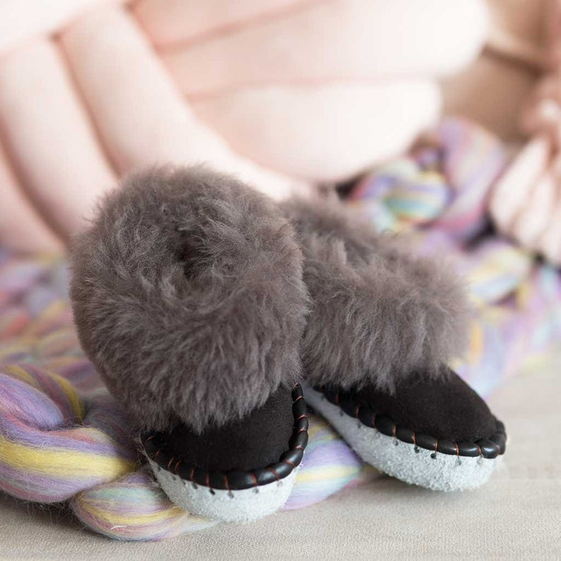 a435f2a2e87 Children s black and grey Sheepers slippers