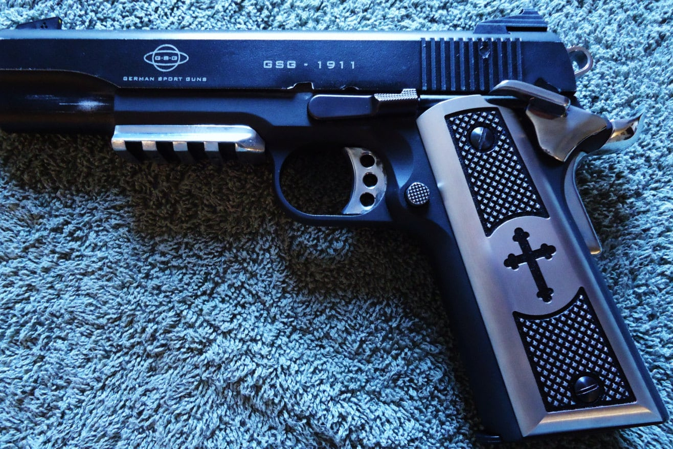 Iron Cross 1911 Grips CNC Machined Satin Aluminum Colt, Kimber, Remington,  Smith & Wesson, Springfield Armory, Sig Sauer, Ruger, GSG + More