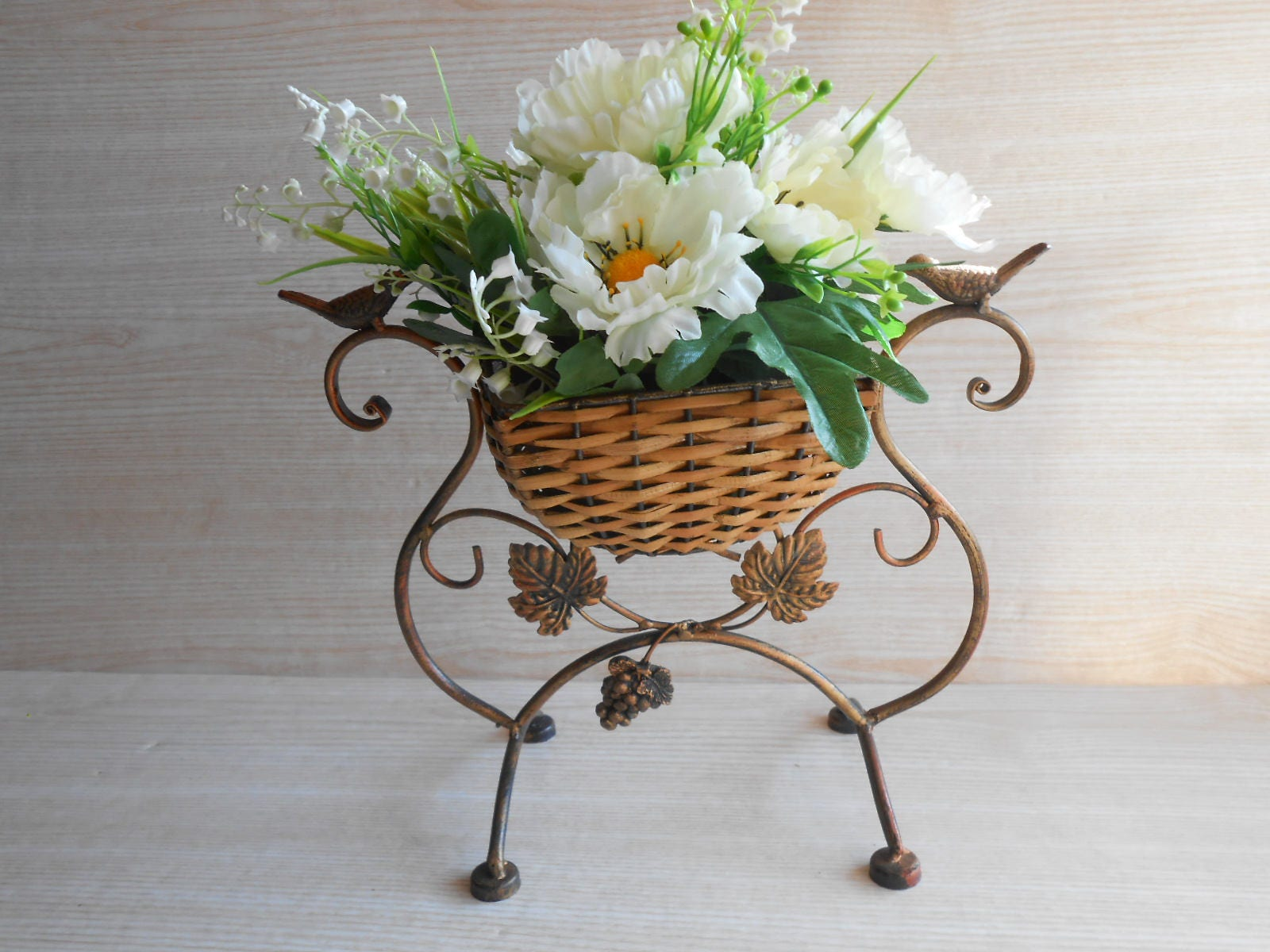 Vintage Metal Garden Planter Metal And Rattan Plant Stand Etsy