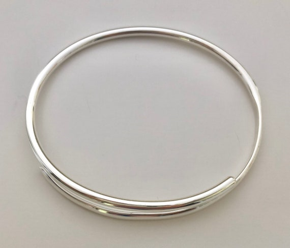 925 Sterling Silver Women/'s Torque Bangle Bracelet 60 mm by 45 mm /& 3 mm Thick