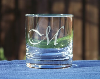 Pair of Custom Whiskey glasses, Personalized rock glasses, Manly present, Wedding gift, Chic Bar