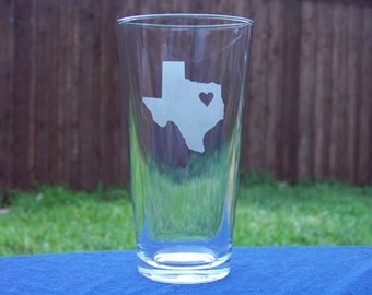 Pair of Texas-sized drinking glasses, 17 ounce capcity, you choose where to place the heart!