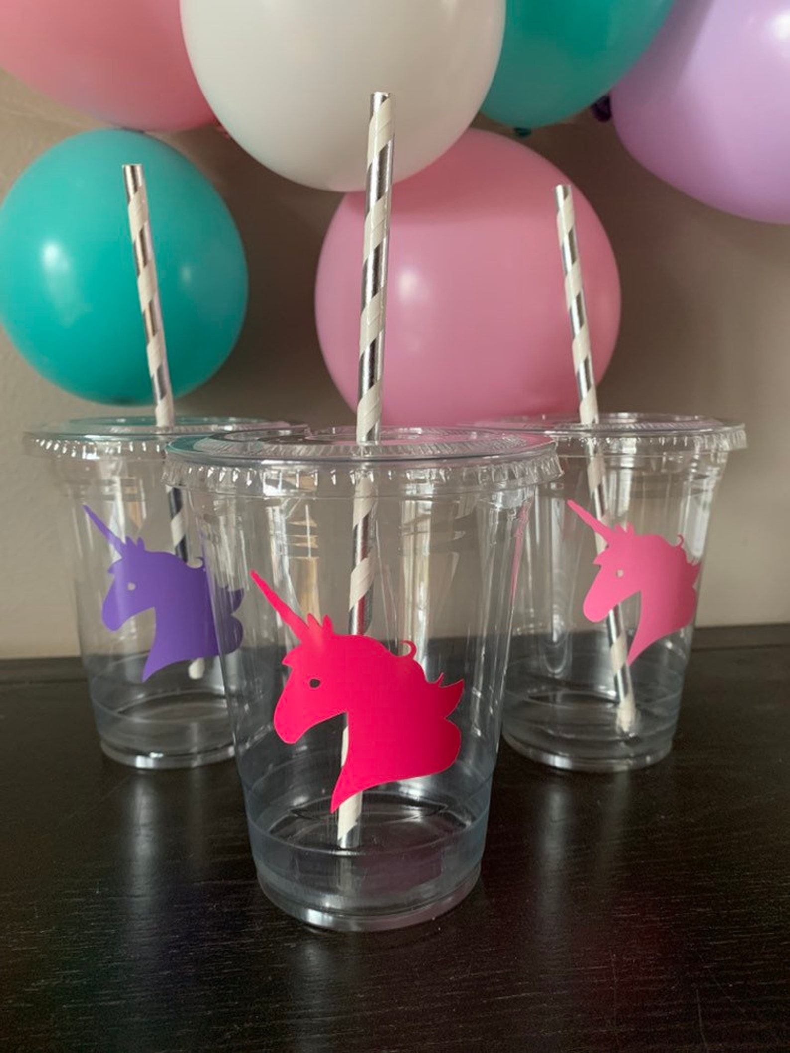 Unicorn Plastic Party Cups for 10 Guests