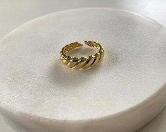 Staple Gold Ring