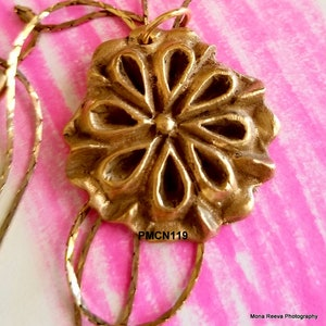 Handcrafted Bronze Pendant on Adjustable Metal Gold Chain    PMCN119