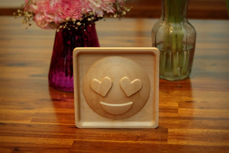 Wooden Heart Face Emoji 5 image 0