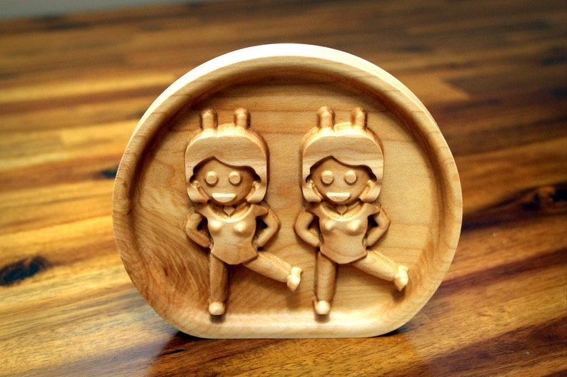 Wooden Dancing Twins Emoji 5.0 image 0