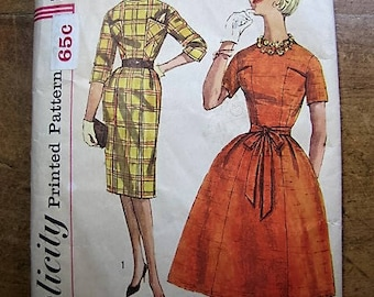 Vintage Simplicity Pattern 3642 Two Views Size 10