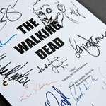 The Walking Dead TV Script Screenplay with Signatures Autographs Reprint TWD Andrew Lincoln Jon Bernthal Steven Yeun Chandler Riggs Zombie