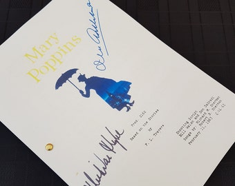 Mary Poppins Film Movie Script with Signatures / Autographs Reprint Disney Unique Gift  Screenplay Present TV Fan Geek Julie Andrews