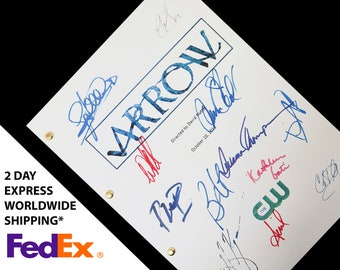 Arrow TV Script Screenplay with Signatures Autographs Reprint from Stephen Amell Willa Holland David Ramsey Katie Cassidy Paul Blackthorne