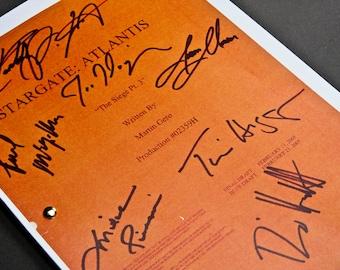 Stargate Atlantis TV Script with Signatures / Autographs Reprint Unique Gift  Screenplay Present Film Movie Fan Geek SGA Sci-Fi