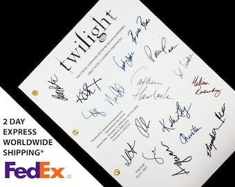 Twilight Film Movie Script Screenplay with Signatures, Autographs Reprint - Kristen Stewart Robert Pattinson Peter Facinelli Taylor Lautner