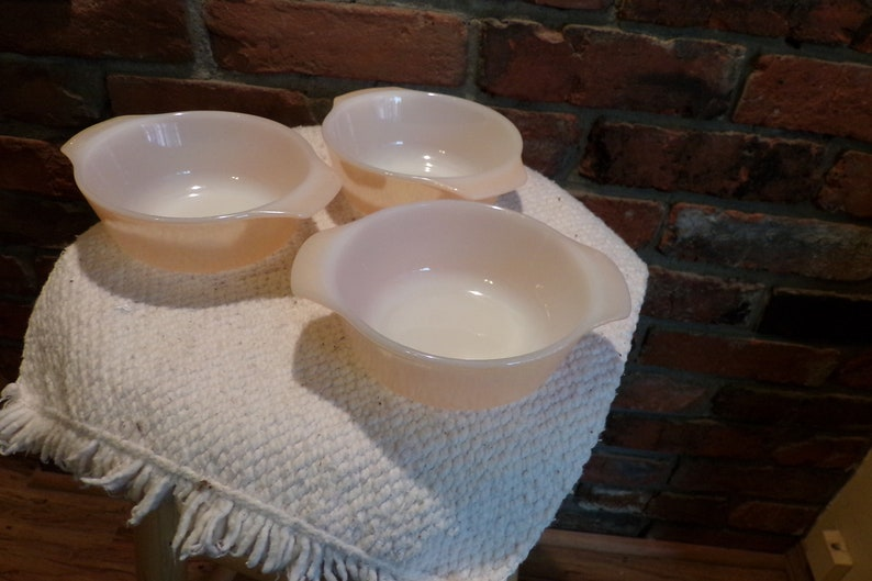 Morethebuckles 12 oz individual casserole Fire King 472 Vintage Anchor Hocking Fire King Peach Luster dish set 3 peach luster dishes
