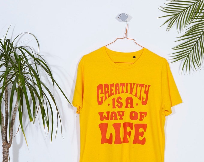 Creativity is a way of life  T-Shirt