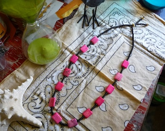 Gypsy Bead Necklace, Pink Dyed Howlite Stone Necklace, Seed Beaded, earthy boho fashion jewellery, Raw TRIBAL Style Jewelry, Natural Stone