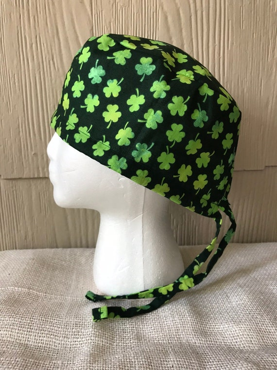 Surgical Scrub Hats Caps St.Patrick/'s Day Green patchwork Shamrocks on white
