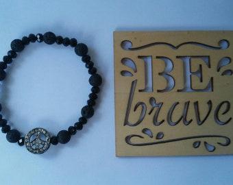 Peace and Lava - chic black stretch bracelet