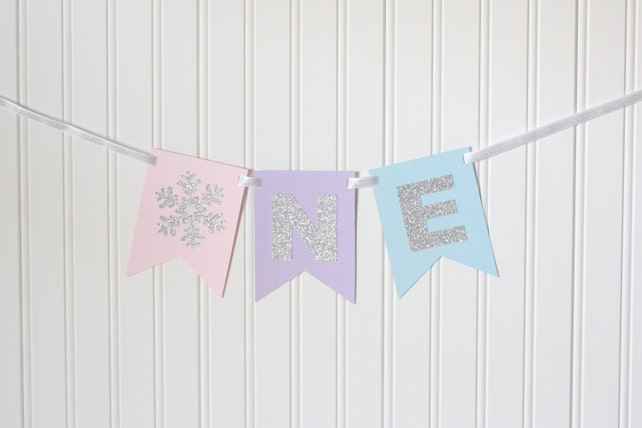 Silver Snowflake Pink Purple Blue ONE Banner Happy Birthday Girl Princess Party Decorations 1st