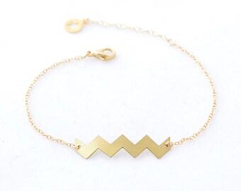 Bracelet gold chevron