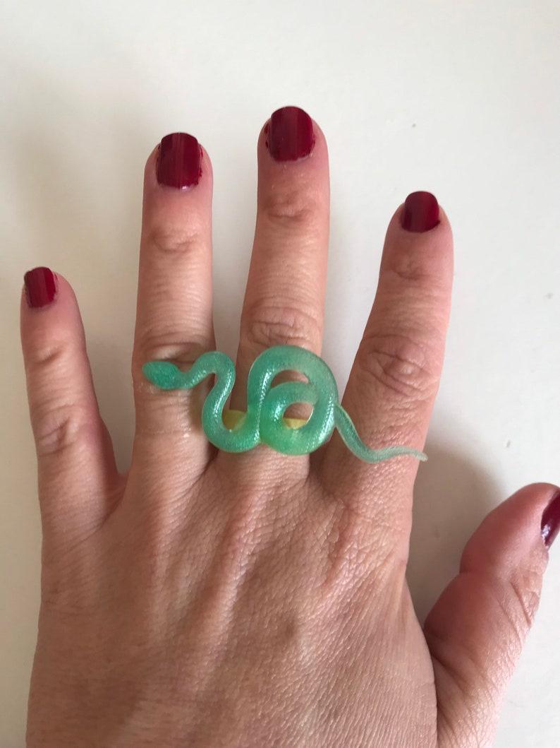 Huge Snake Green big Resin rings 394-geometric green snake big ring epoxi resine wearable art mini sculpture