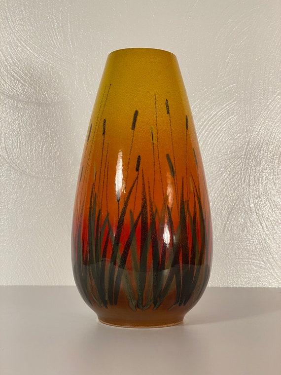 """Raymor Cattail 10"""" Vase"""