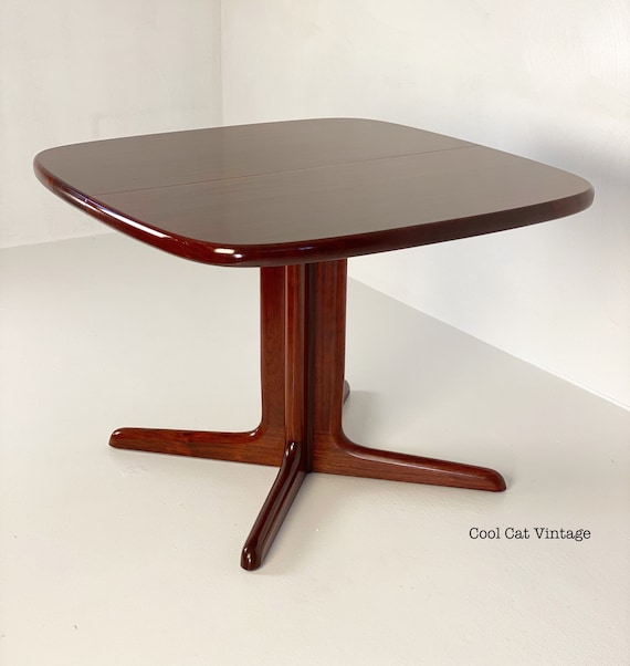 Danish Modern Extending Rosewood Dining Table by Skovby, Circa 1970s - *Please see notes on shipping before you purchase.
