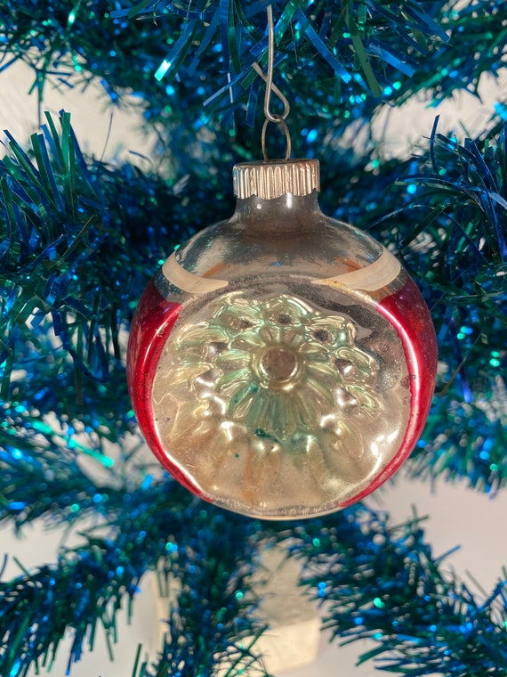 Antique Round Concave Holiday Ornament (#C59)