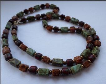 Vintage Scottish Murano agate glass necklace