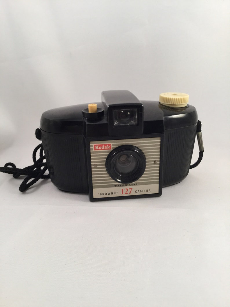 Antique Vintage Kodak Brownie 127 Camera Dakon Lens image 0