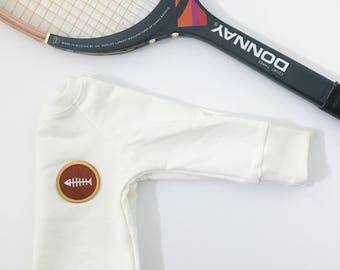 Sweater white emblem