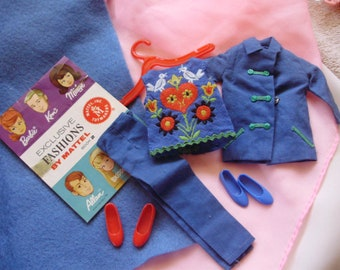 1965 *SKIPPER On WHEELS ITEMS* #1032  -Fun Time Outfit -Blue Jacket, Embroidered Top, Pants, Original Booklet, 2 Pairs Japan Flats