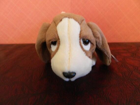 TY Brown Basset Hound Dog Beanie Baby Tracker B  2f5b0175ffa