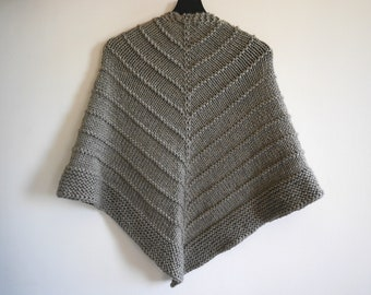 Easy knit triangle shawl, knitted triangle wrap