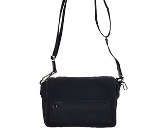 bf7147906cc Authentic Vintage Gucci GG monogram Canvas Black shoulder bag