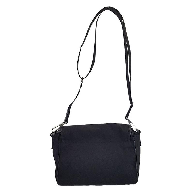 35951dccee3 Authentic Gucci Black Nylon Canvas Messenger Bag