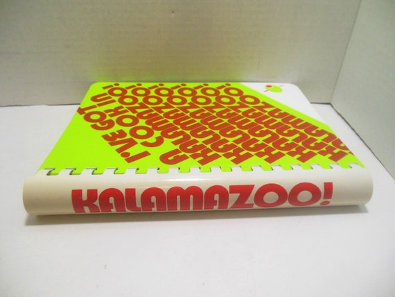 LOT OF 3 I/'VE GOT A COOK IN KALAMAZOO MI 1978 COOK BOOKS JUNIOR LEAGUE MICHIGAN
