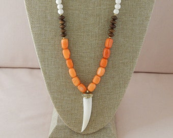 Long orange jade necklace with a horn pendant, layering necklace, beach chic, neutral, spring fashion, tusk necklace, gift for her