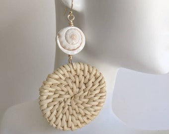 Luanos shell and woven rattan earrings, beach boho, summer fashion, straw earrings
