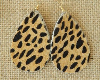 Tear drop leopard print leather earrings with earwires, boho chic earrings, handmade jewelry, summer jewelry, fur earrings