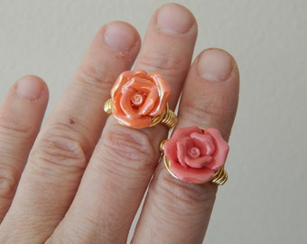 Wire wrapped ceramic rose ring, boho style, everyday ring, festival jewelry, beach chic jewelry, bridesmaid gift, flower ring