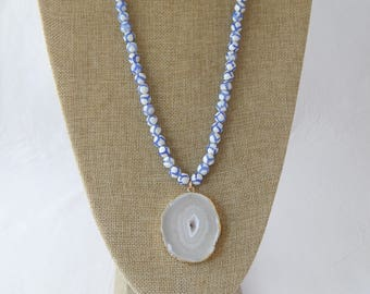Blue and white agate necklace with white druzy pendant, beach chic, bohemian style, beach boho, spring fashion, long necklace