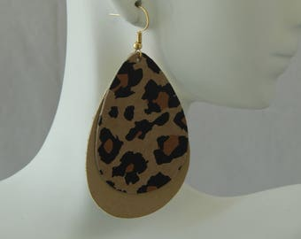 Animal print double layer tear drop shape leather earrings with earwires, boho chic earrings, fall fashion jewelry, leopard print leather