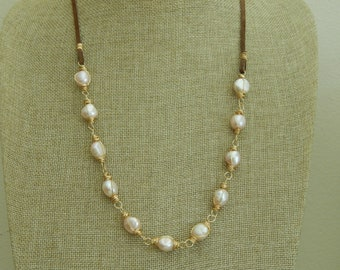 Freshwater pearl on leather, beach chic, boho style, summer fashion, pink pearls
