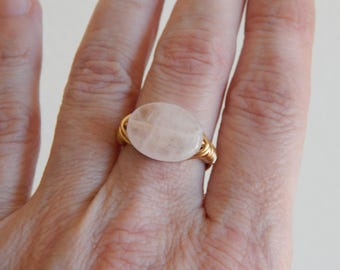 Gold wire wrapped rose quartz ring, boho style, everyday ring, festival chic jewelry, gold wire, neutral, oval shape gemstone