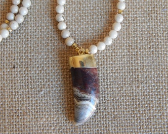 Long jasper necklace with horn pendant, layering necklace, beach chic, neutral, fall fashion, boho style, brown and beige, crazy agate