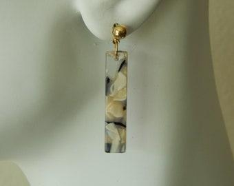 Gray and beige tortoise shell acrylic rectangle earrings, oblong earrings, trendy jewelry, boho chic, resin earrings, dangle earrings