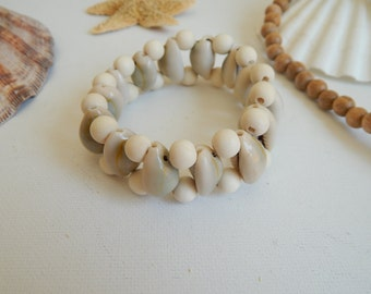 Cowrie shell bracelet with wood beads, beach chic, cuff bracelet, summer fashion, neutral, stacking stretch bracelet