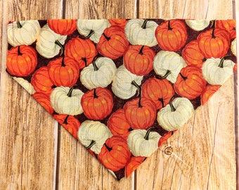 Pumpkins Dog Bandana. Fall dog bandana. Dog bandana. Autumn dog bandana. Pumpkins dog. Over dog collar bandana. Slip on bandana. Fall dog.